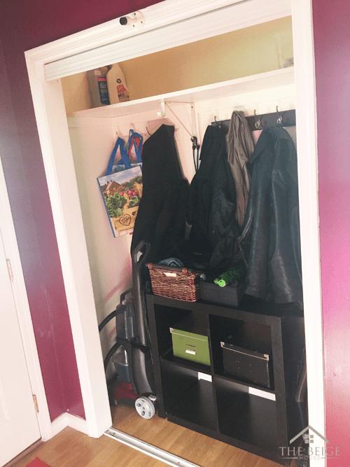 livingroom-closet2