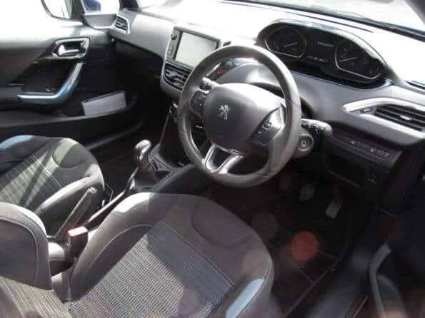 Peugeot 208 1.4 Allure