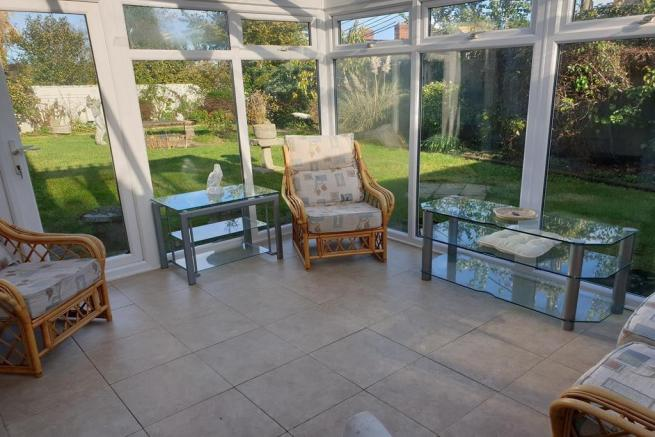 3 bedroom detached bungalow for sale Crewkerne