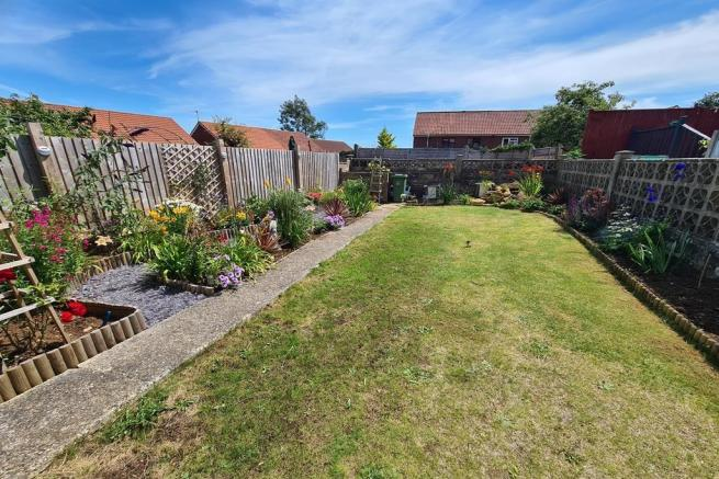 3 bedroom semi-detached house for sale Crewkerne