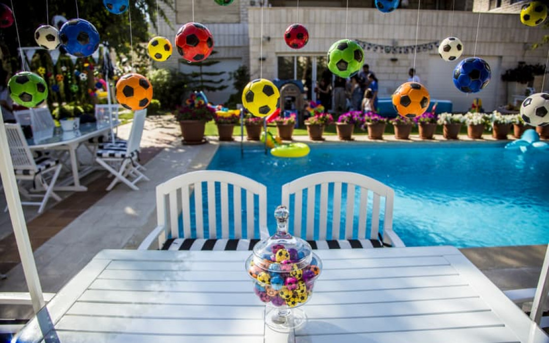 5 Must-Have Activities for Your Kid's Backyard Bash