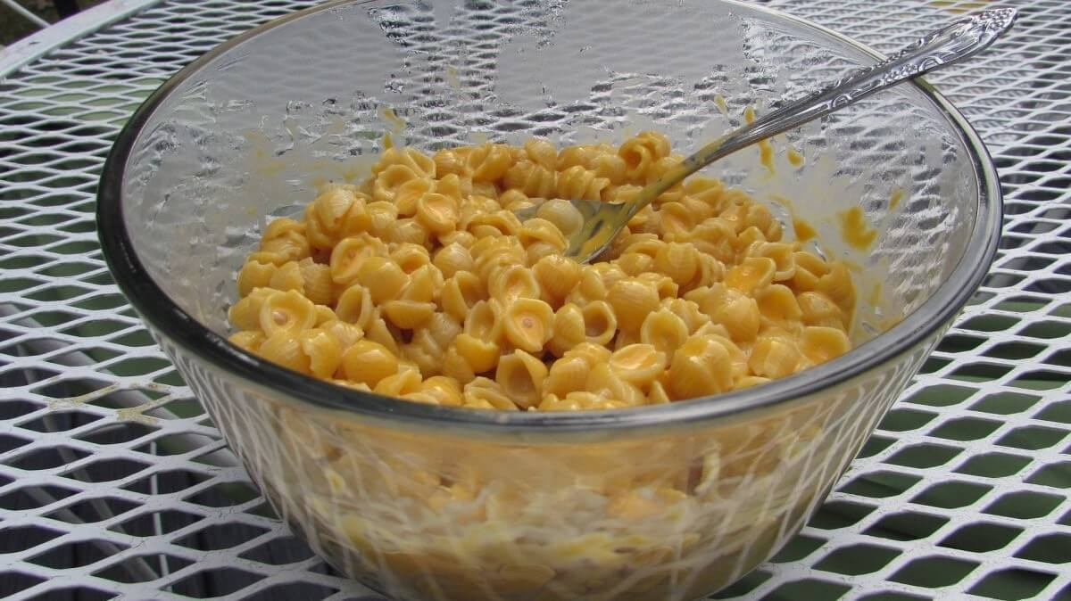 color additives mac and cheese
