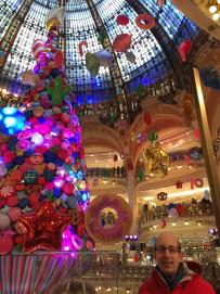 cool balloon display holiday trip