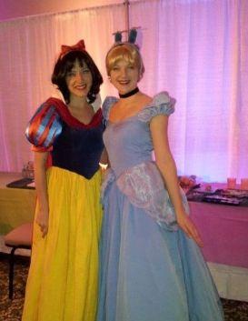 Princesses ready to face paint children's faces
