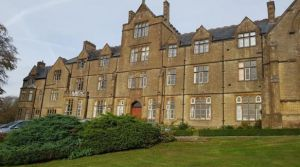 3 bedroom flat for sale Crewkerne