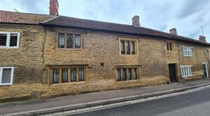 3 bedroom house for sale Crewkerne