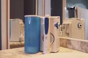 Oral-B Waterjet en un baño