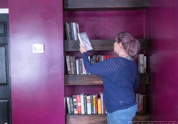 How to Build Floating Library Wall Shelves