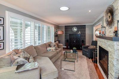 11. 200 Appleford Court Hamilton - Living Room