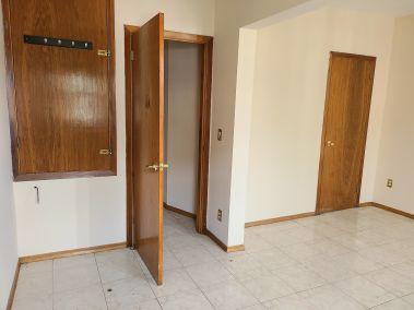 12. 166 Catharine St N - Bedroom