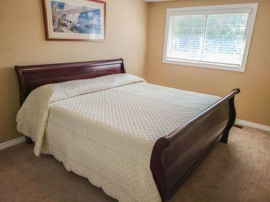14. 11- 5004 Friesen Blvd Beamsville - Master Bedroom