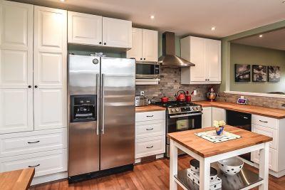 14. 75 Magill Street Hamilton - Kitchen Overview