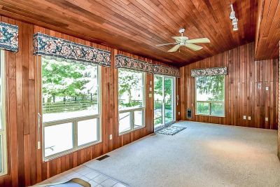 15. 1242 Fiddlers Green Road - Sun Room Overview