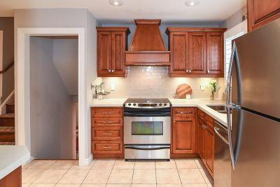 16. 200 Appleford Court Hamilton - Kitchen Details 1