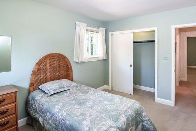 19. 71 Grant Blvd Dundas - Bedroom B View