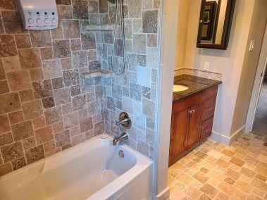 20. 11-5004 Friesen Blvd Beamsville - Bathroom