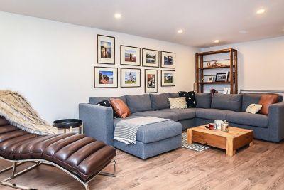 20. 135 East 45th Street Hamilton ON - Family Room View