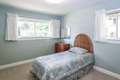 20. 71 Grant Blvd Dundas - Bedroom B