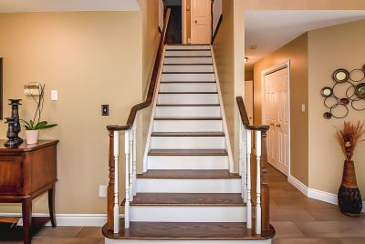 Stairway - 990 Upper Kenilworth Avenue Hamilton East Mountain