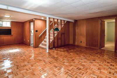 27. 71 Grant Blvd Dundas - Family Room
