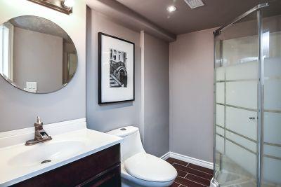 34. 75 Magill Street Hamilton - Lower Bathroom