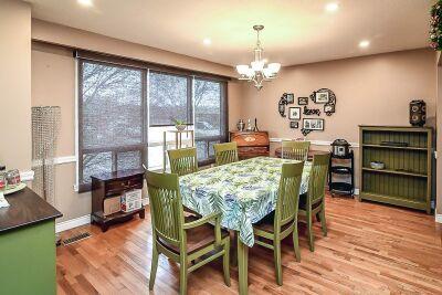 4. 131 Highridge Avenue Hamilton - Living Room