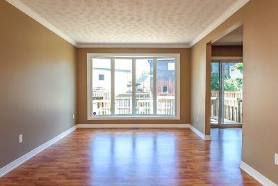 5. 102 MacIntosh Drive Stoney Creek - Living Room