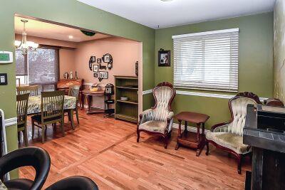 6. 131 Highridge Avenue Hamilton - Dining Room