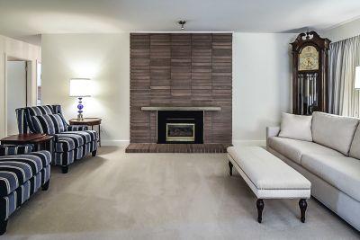 6. 71 Grant Blvd Dundas - Living Room 3