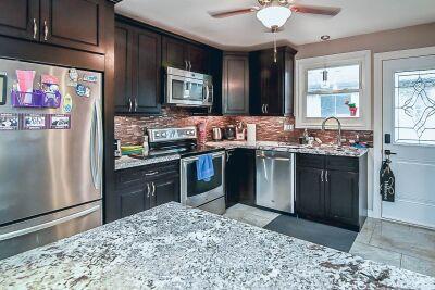 9. 131 Highridge Avenue Hamilton - Kitchen View