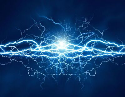 An image of lightening to demonstrate how tingling toes can feel.