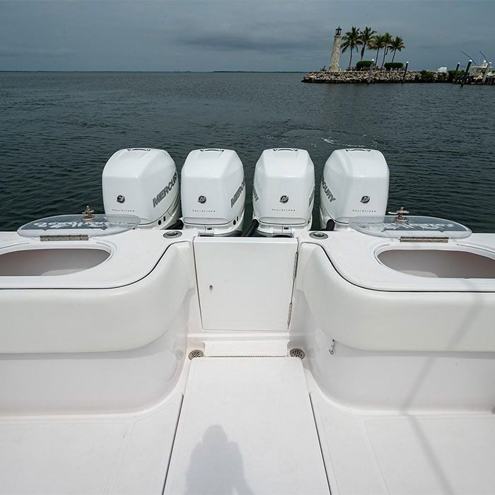 Photo By: Hooker Yachts