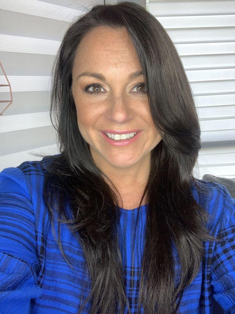 April South Beauty Boss Girl