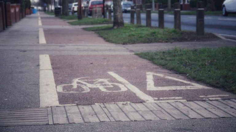 "Cyclists in Hull ""to benefit from increased bus lane enforcement"""