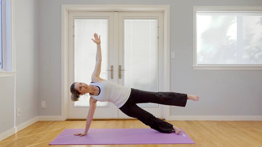 side plank with leg lift plank variation
